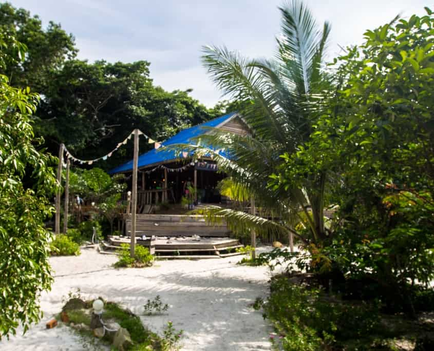 cambodia holidays, hostel koh rong, nest beach club